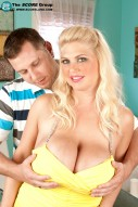 Kelly Christiansen blond large breasts